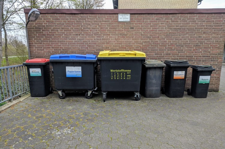 Trash germany earth day planet